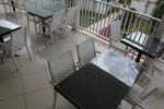 Ниски цени на маси и столове от бял ратан