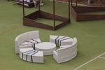 Обзавеждане с маси и столове от бял ратан